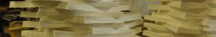 oplage boeken geprint en op de machine genaaid bij  boekbinderij Seugling in Amsterdam